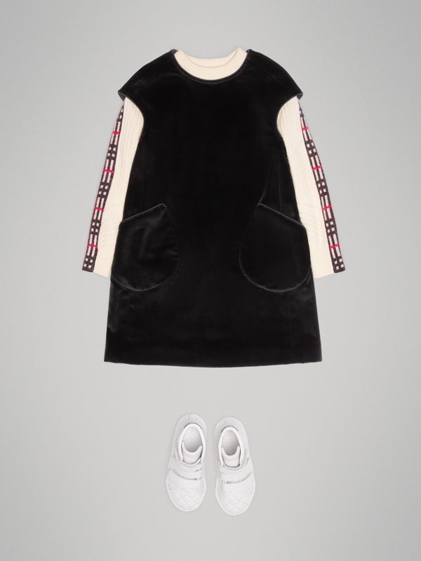 Piping Detail Velvet Shift Dress in Black | Burberry Canada - cell image 2