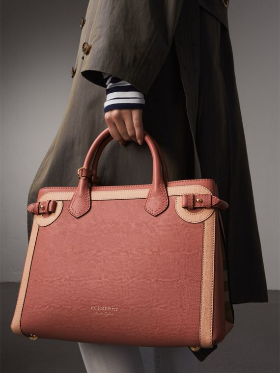 The Medium Banner in Leather with  Tonal Appliqué in Copper Pink - Women | Burberry - cell image 3