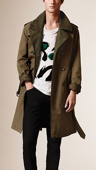 Trench-coat en coton technique avec garnitures en nubuck