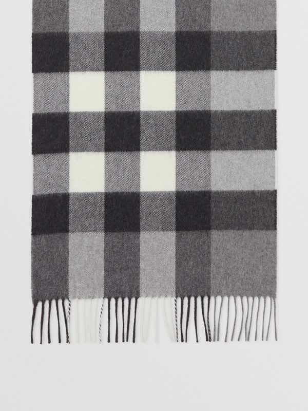 Check Cashmere Scarf in Grey | Burberry - cell image 3