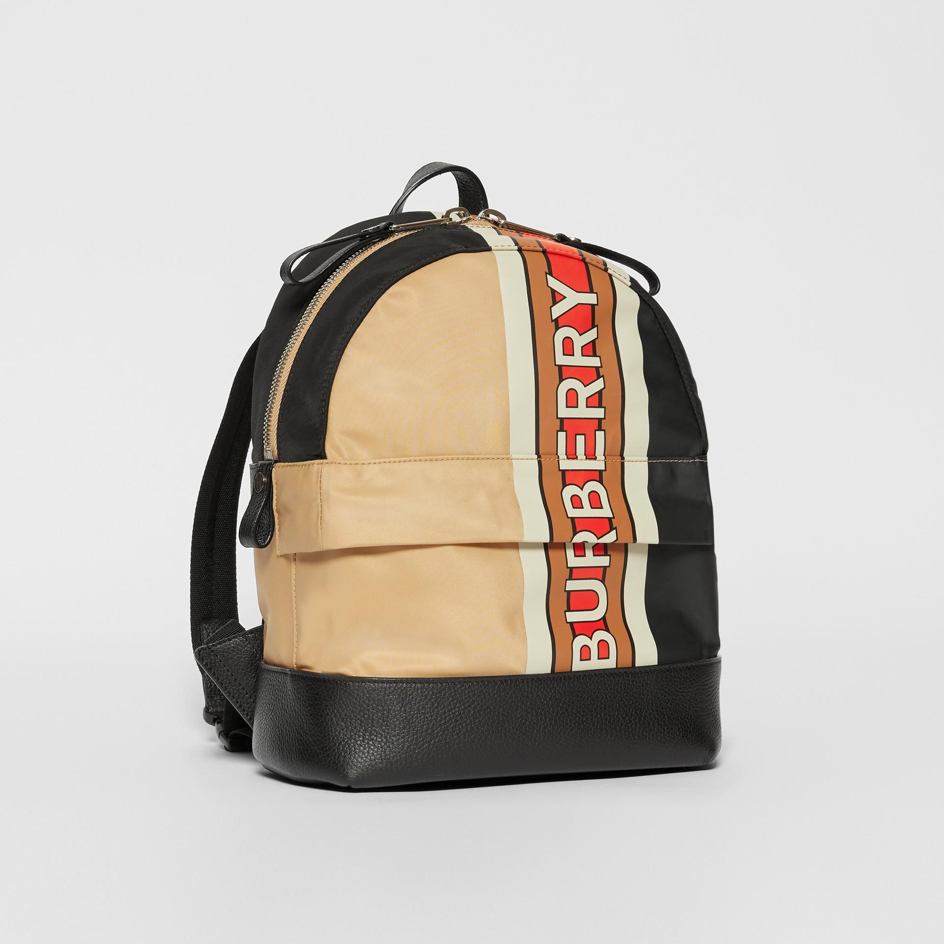 Rucksack aus ECONYL® mit Burberry-Logo und Streifendetail (Vintage-beige) - Kinder   Burberry - Galerie-Bild 4