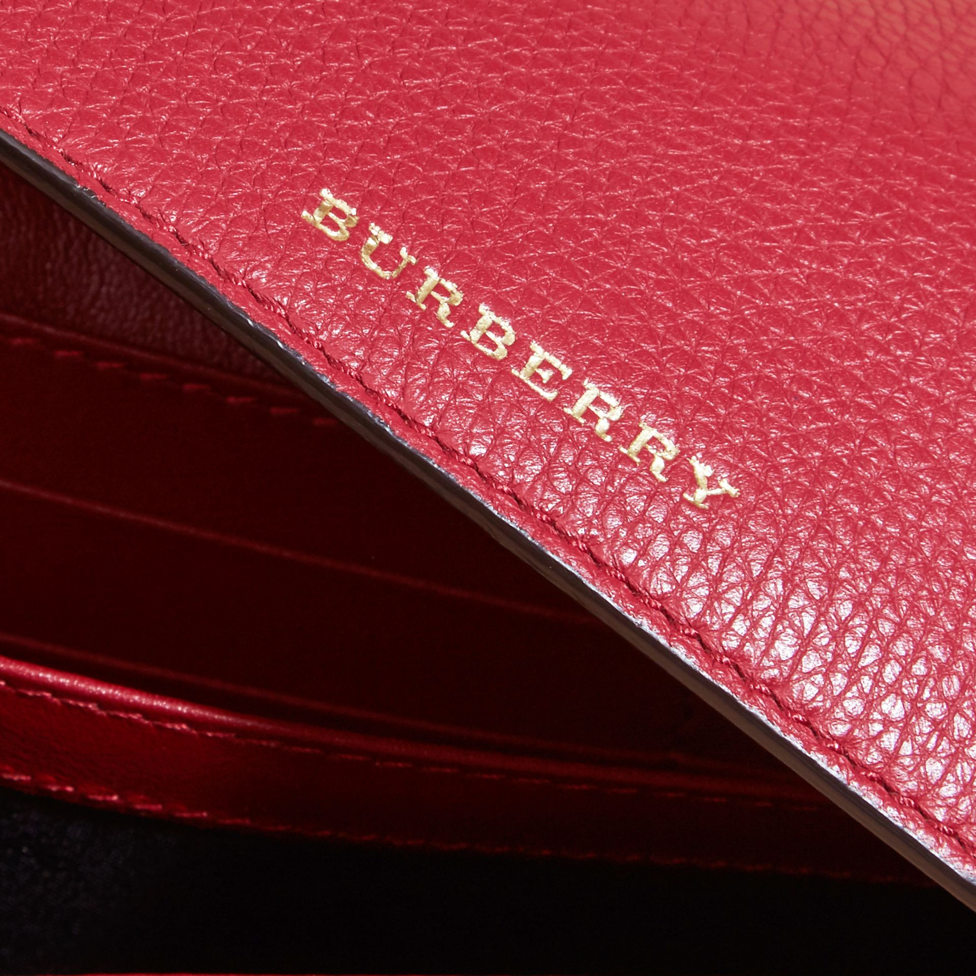 House Check And Leather Continental Wallet in Military Red - gallery image 3