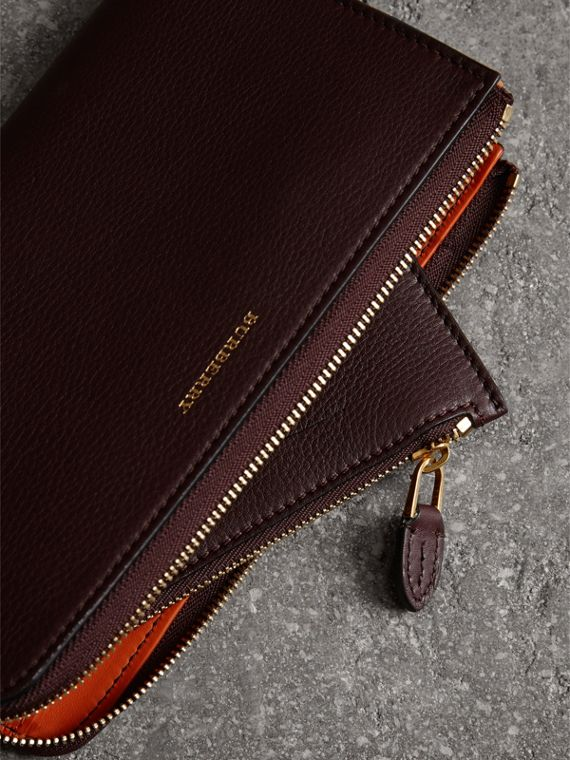 Two-tone Leather Ziparound Wallet and Coin Case in Deep Claret - Women | Burberry - cell image 3