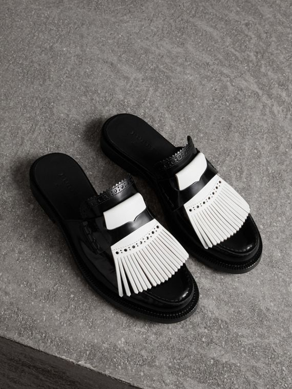 Contrast Kiltie Fringe Leather Mules in Black