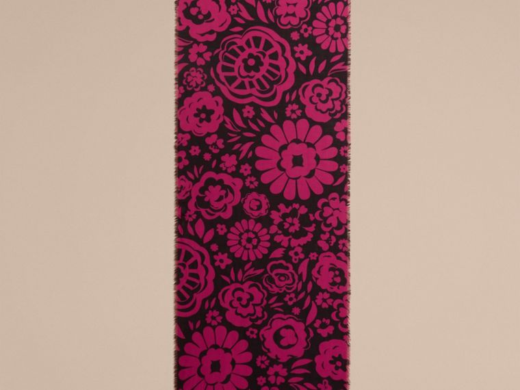 Black/fuchsia Graphic Floral Cashmere Scarf - cell image 4