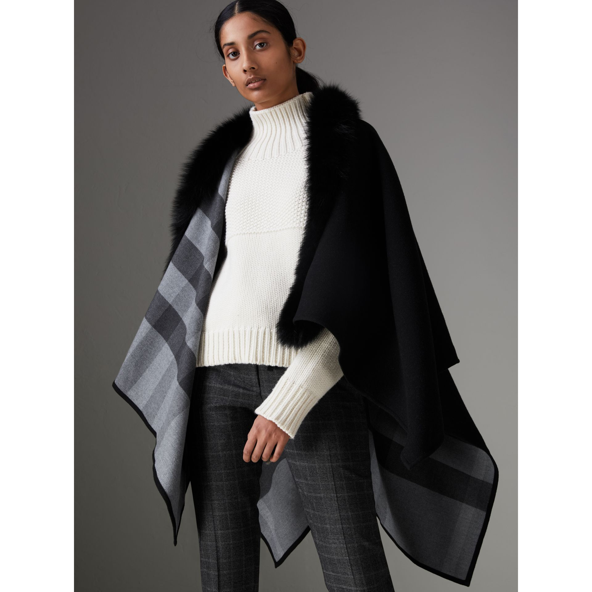 Fur-trimmed Merino Wool Poncho in Charcoal - Women | Burberry - gallery image 4