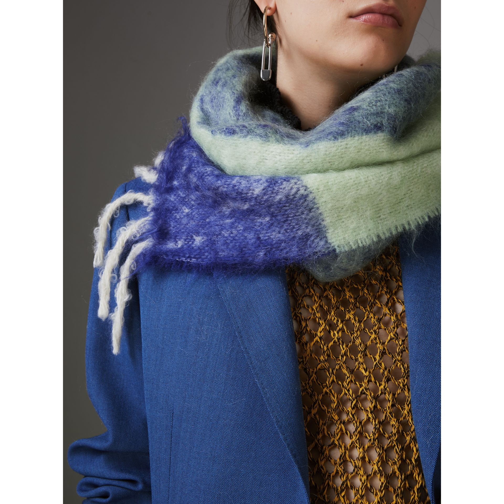 Two-tone Mohair Wool Scarf in Pistachio Green | Burberry - gallery image 4