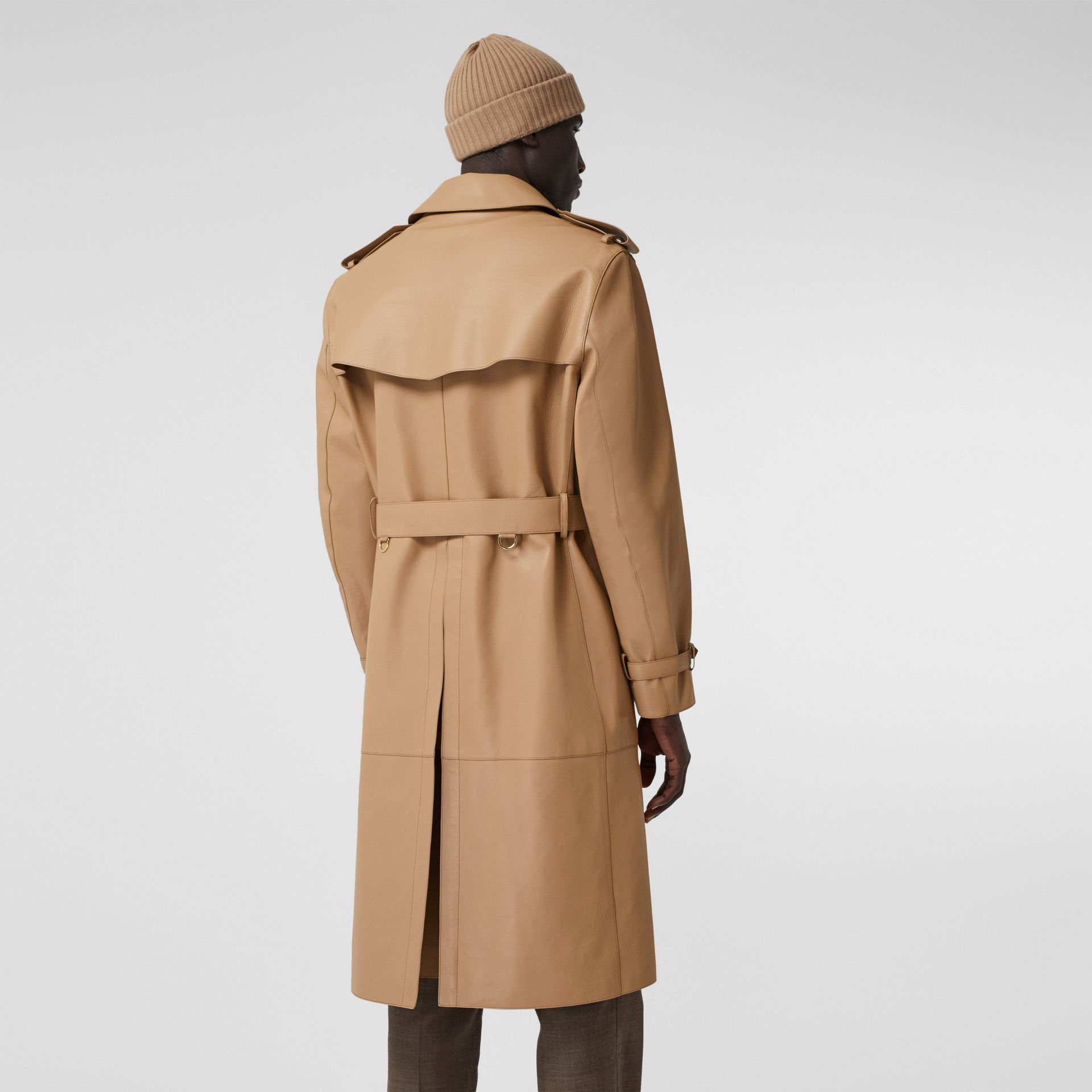 Plonge Leather Trench Coat in Camel - Men | Burberry - gallery image 2