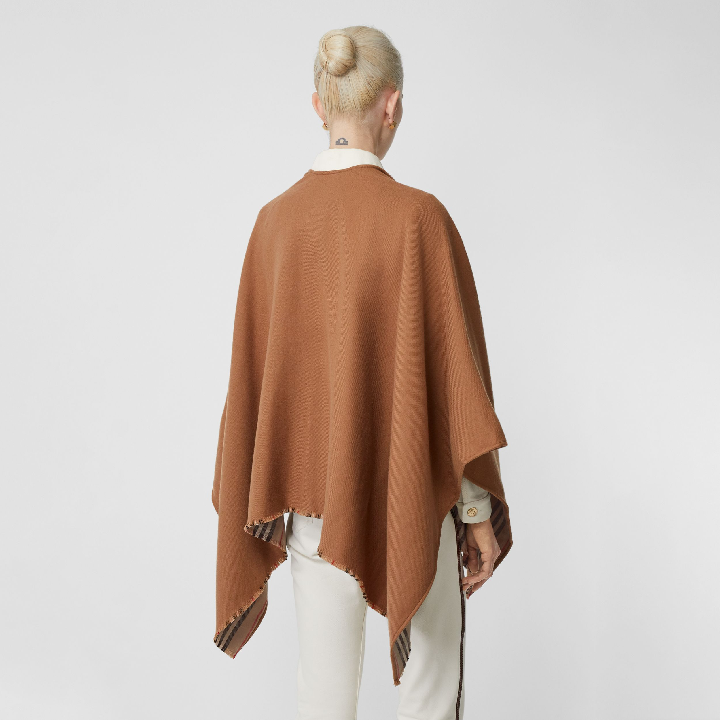 Icon Stripe Detail Wool Cape in Flaxseed - Women | Burberry United Kingdom - 3
