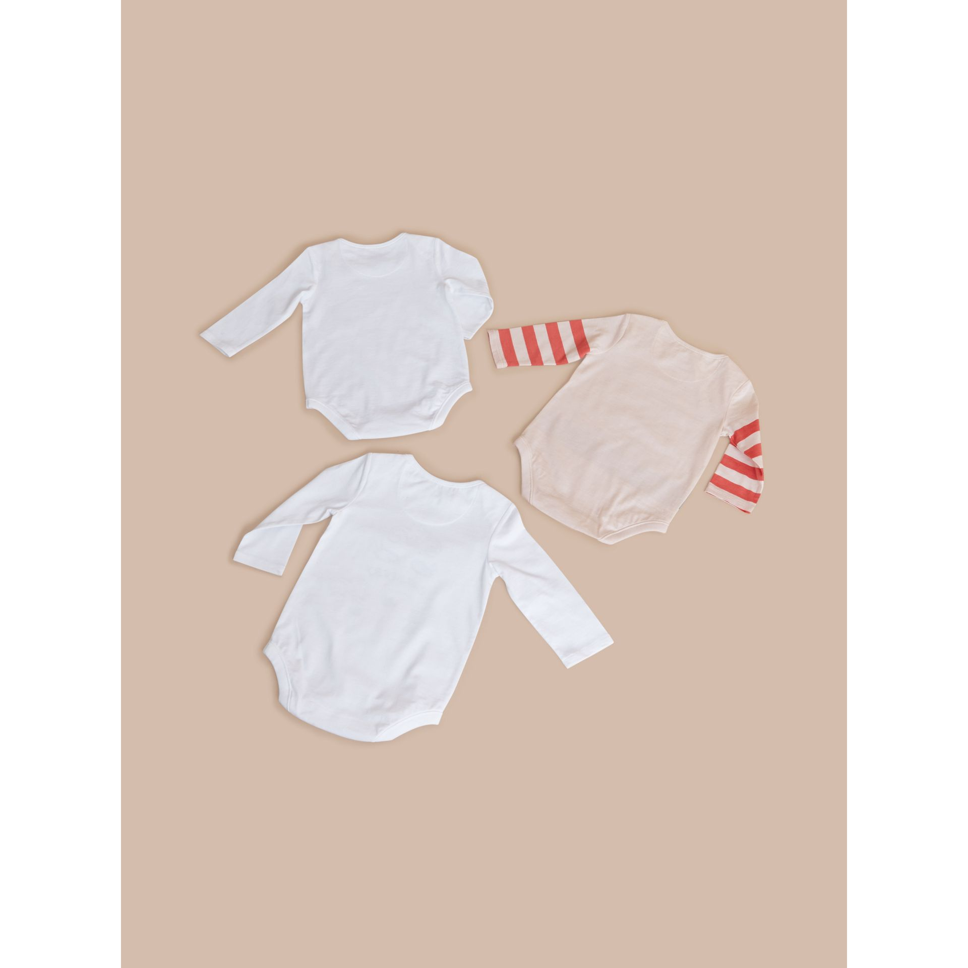 Printed Cotton Three-piece Baby Gift Set in White | Burberry Hong Kong - gallery image 3