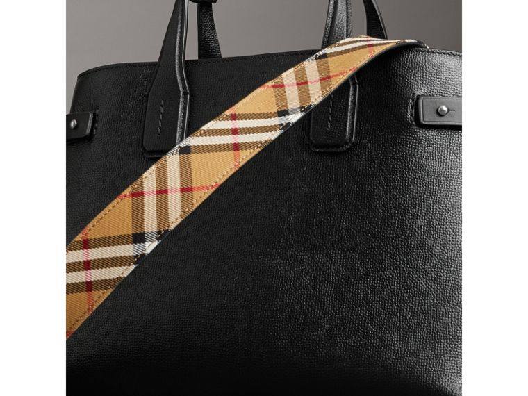 The Medium Banner in Leather and Vintage Check in Black - Women | Burberry - cell image 4