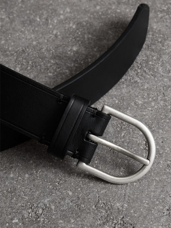 Bridle Leather Belt in Black - Men | Burberry United Kingdom - cell image 1