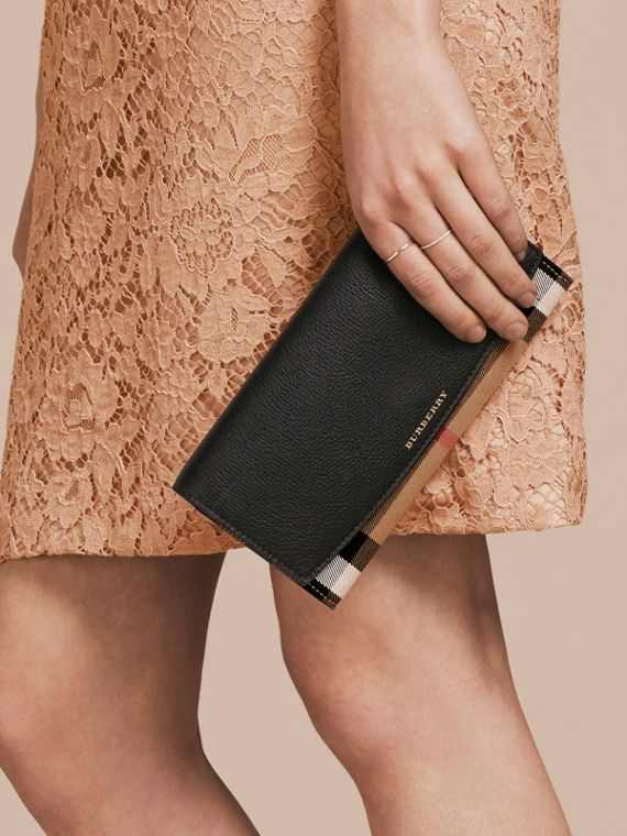 House Check and Leather Wallet with Chain in Black - Women | Burberry United Kingdom - cell image 3
