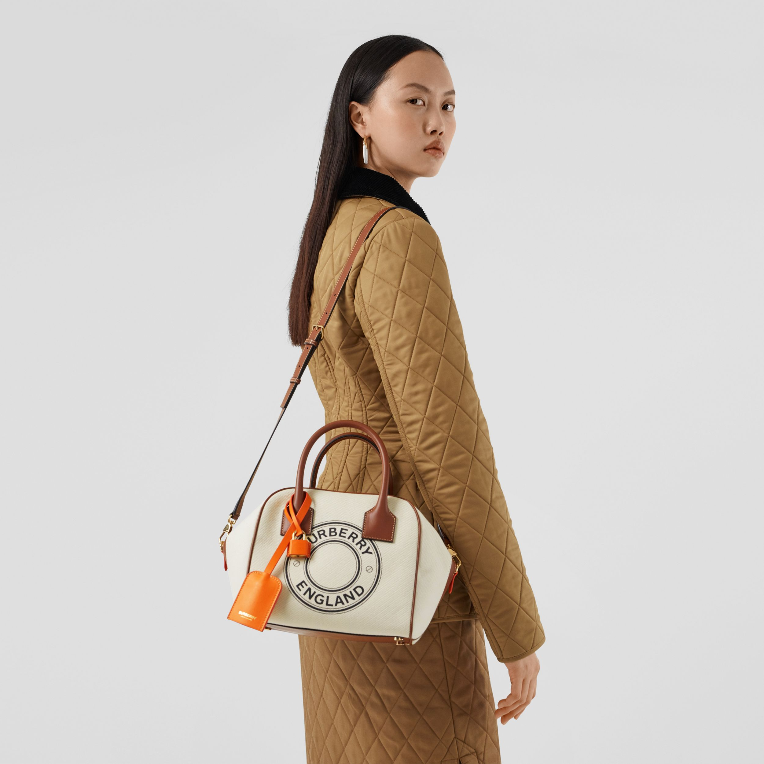 Small Logo Graphic Cotton Canvas Cube Bag in Natural/tan - Women | Burberry Australia - 3