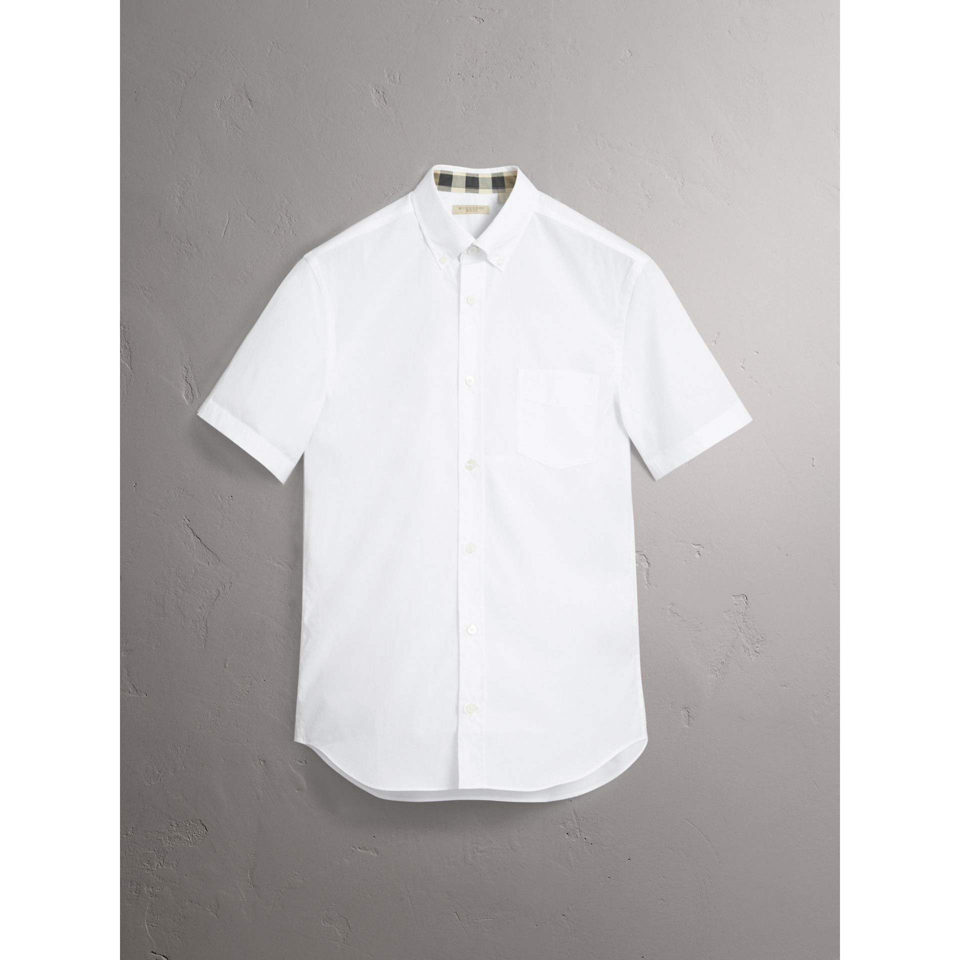 Short-sleeved Stretch Cotton Poplin Shirt in White - Men | Burberry - gallery image 3