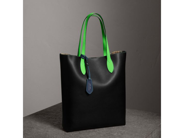 Medium Two-tone Coated Leather Tote in Black | Burberry - cell image 4