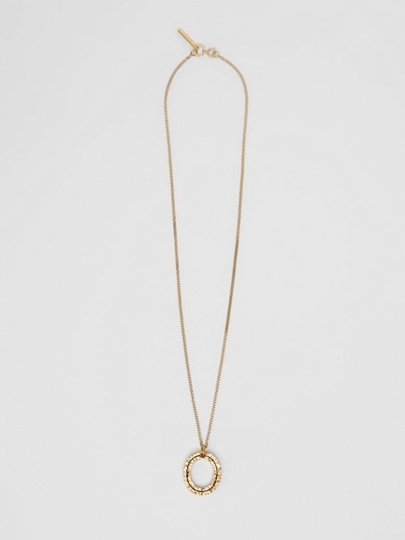 'O' Alphabet Charm Gold-plated Necklace in Light