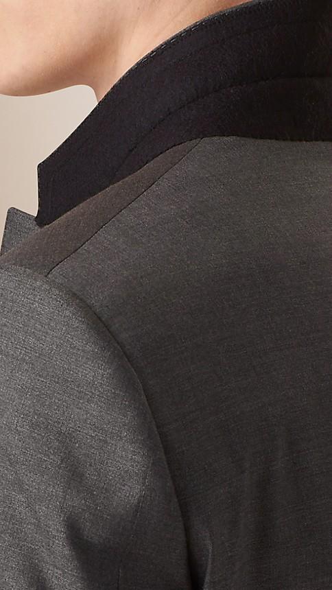 Camaïeu de gris sombres Costume de coupe étroite en laine et soie - Image 6