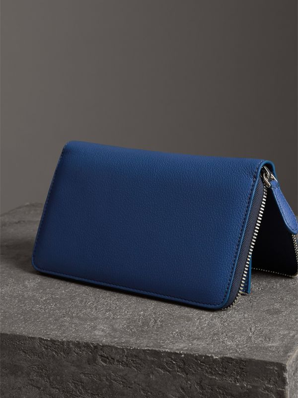 Grainy Leather Ziparound Wallet in Bright Ultramarine - Men | Burberry United States - cell image 2
