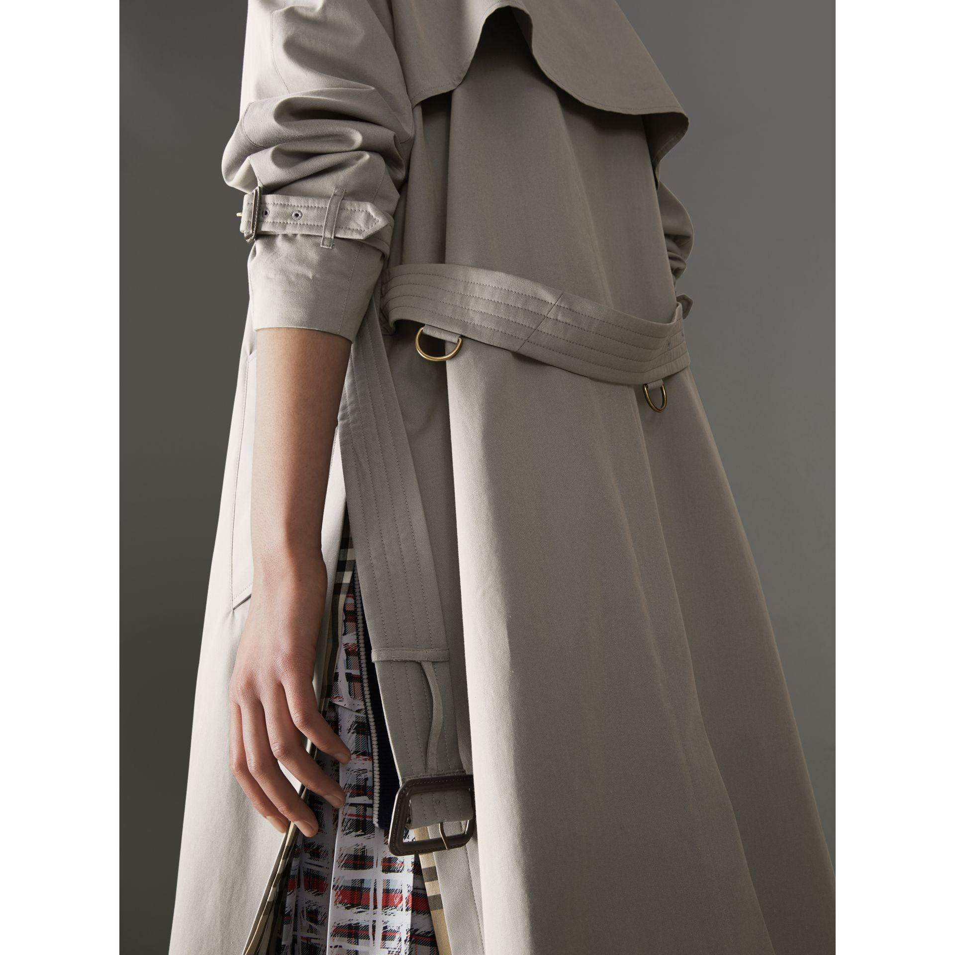 Side-slit Tropical Gabardine Trench Coat in Green Grey - Women | Burberry Canada - gallery image 1