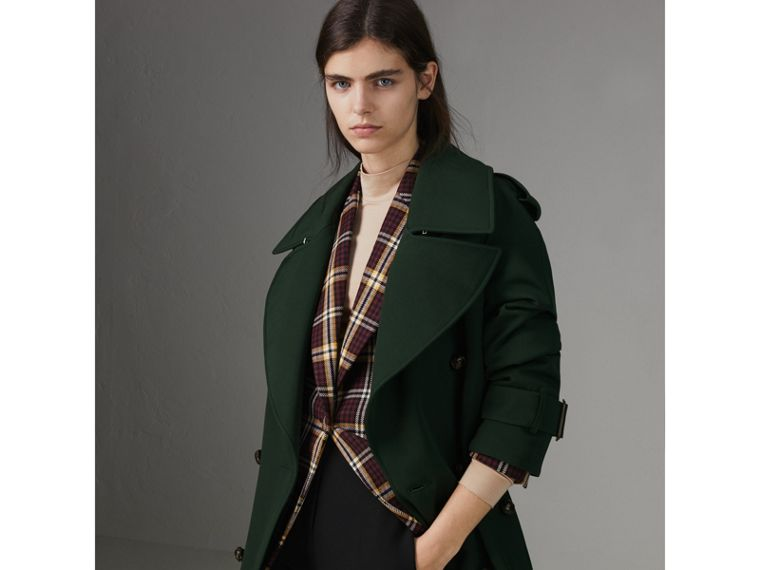 Oversized Lapel Wool Gabardine Trench Coat in Dark Cedar Green - Women | Burberry Australia - cell image 4