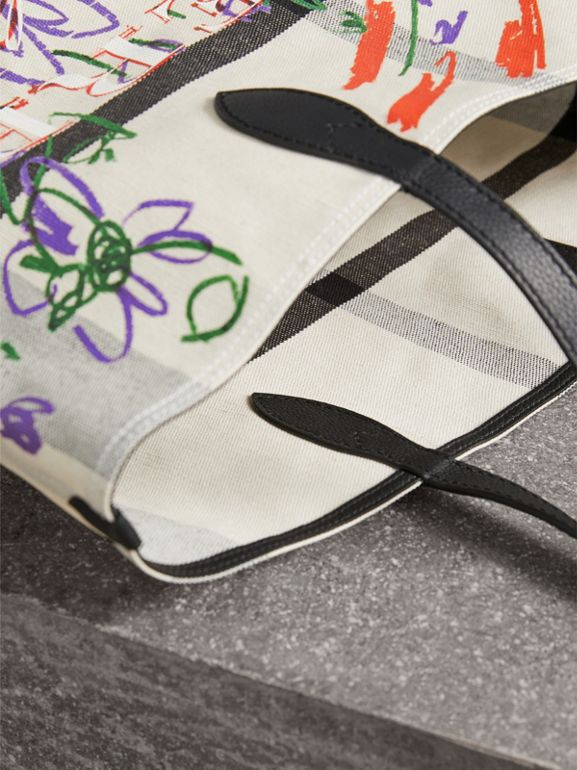 The Medium Reversible Doodle Tote in White/black - Women | Burberry - cell image 1