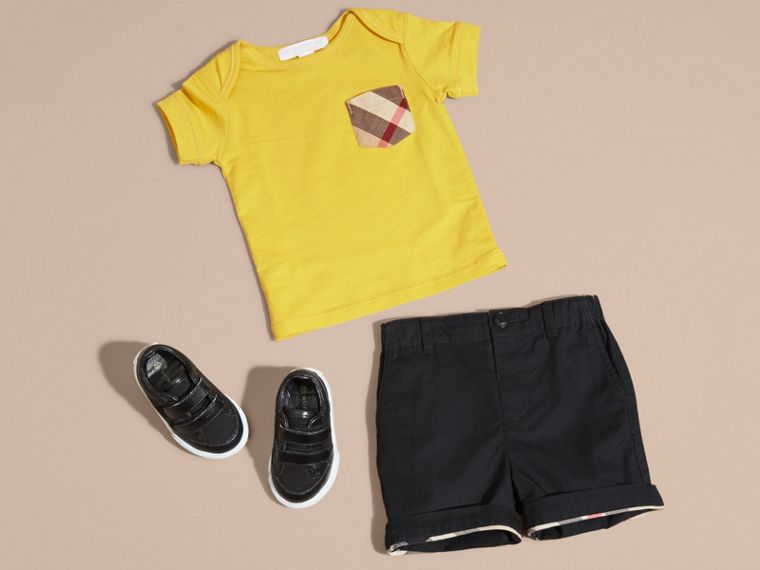 Bright yellow Check Pocket T-Shirt Bright Yellow - cell image 4