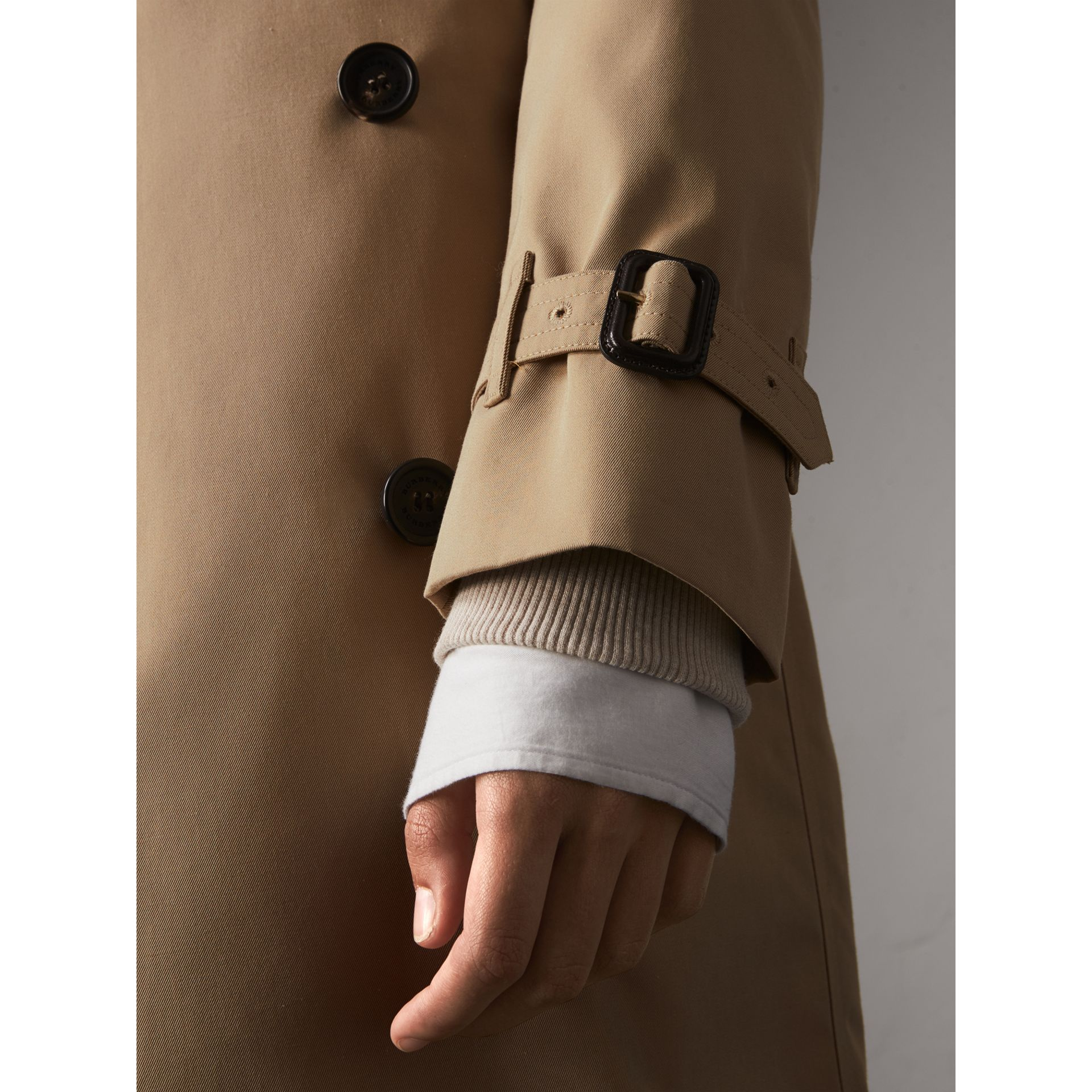 The Kensington – Long Trench Coat in Honey - Women | Burberry United States - gallery image 4