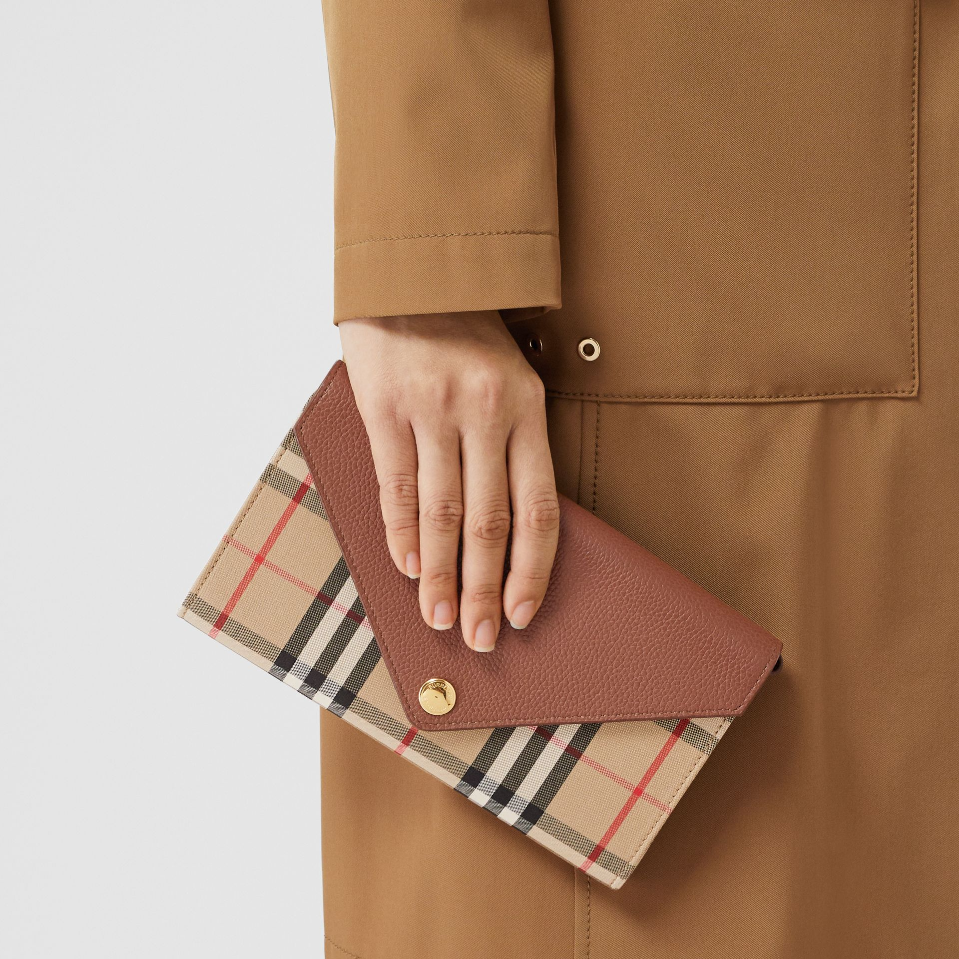 Vintage Check and Leather Wallet with Detachable Strap in Tan - Women | Burberry - gallery image 9