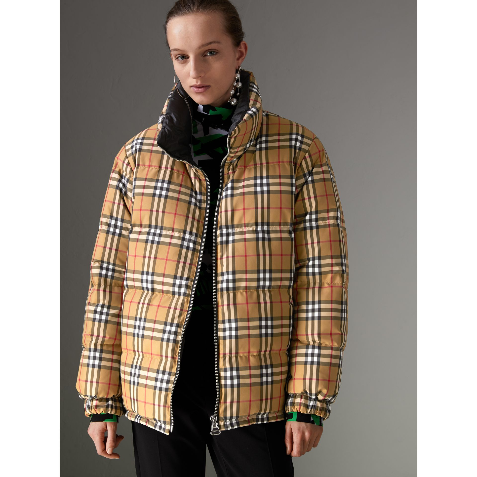 Vintage Check Reversible Puffer Jacket in Antique Yellow - Women | Burberry Hong Kong - gallery image 4