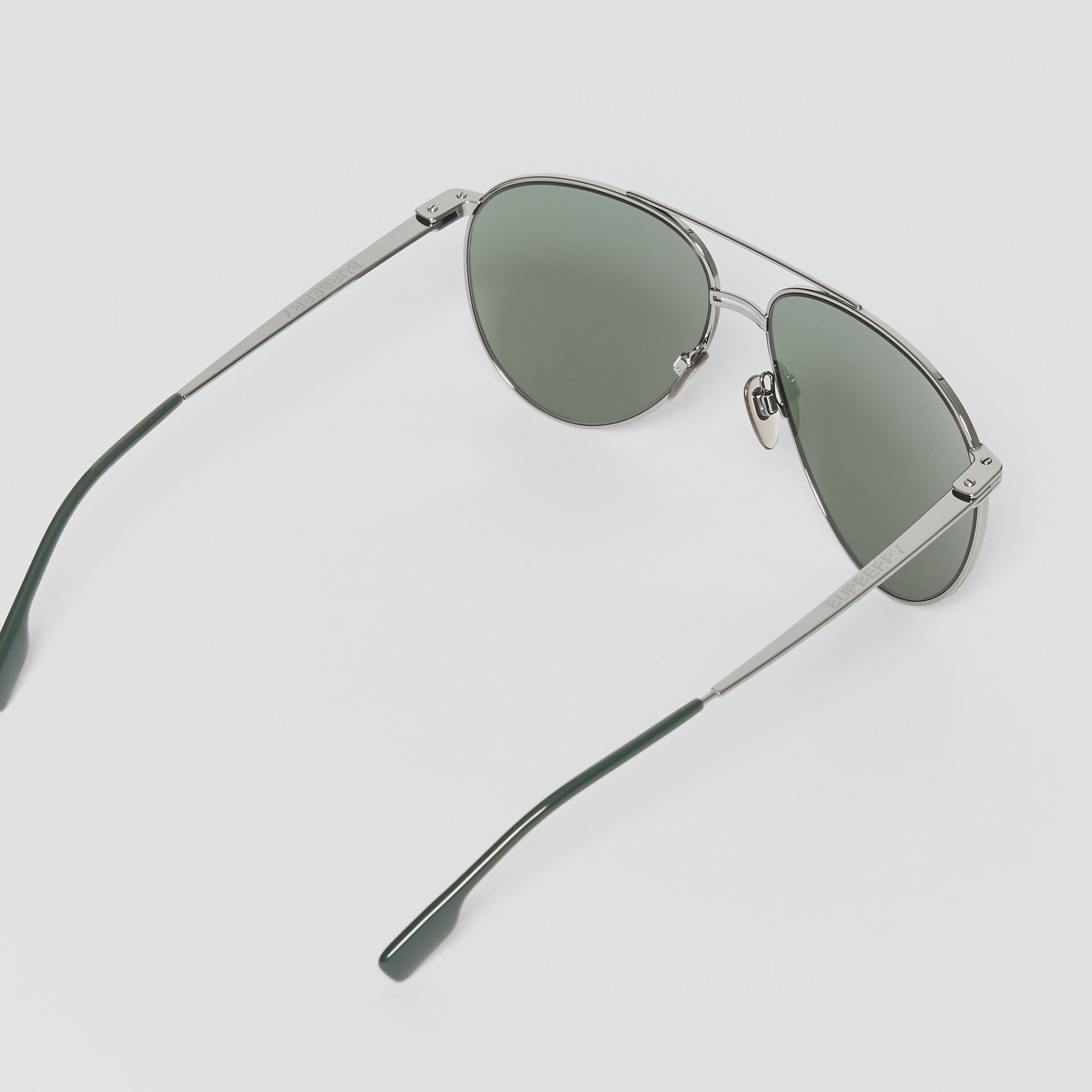 Top Bar Detail Pilot Sunglasses in Gunmetal/dark Green - Men | Burberry - gallery image 4