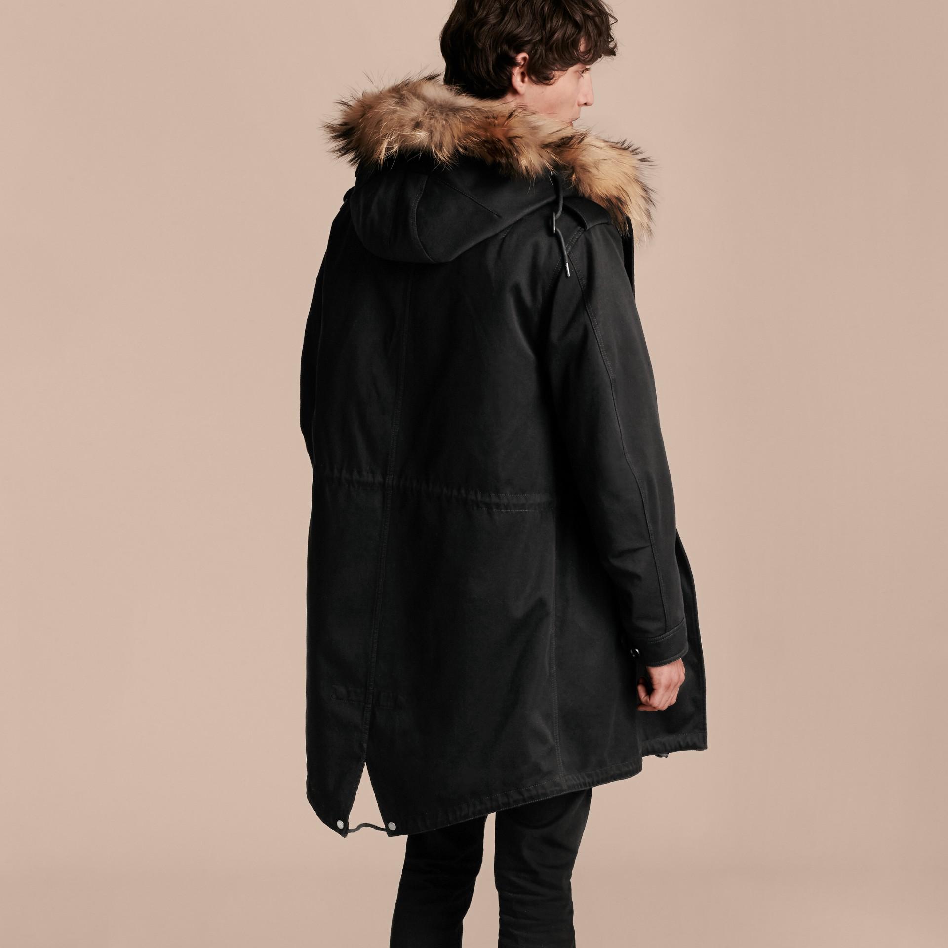 Noir Parka en satin de coton avec bordure et gilet intérieur en fourrure - photo de la galerie 3