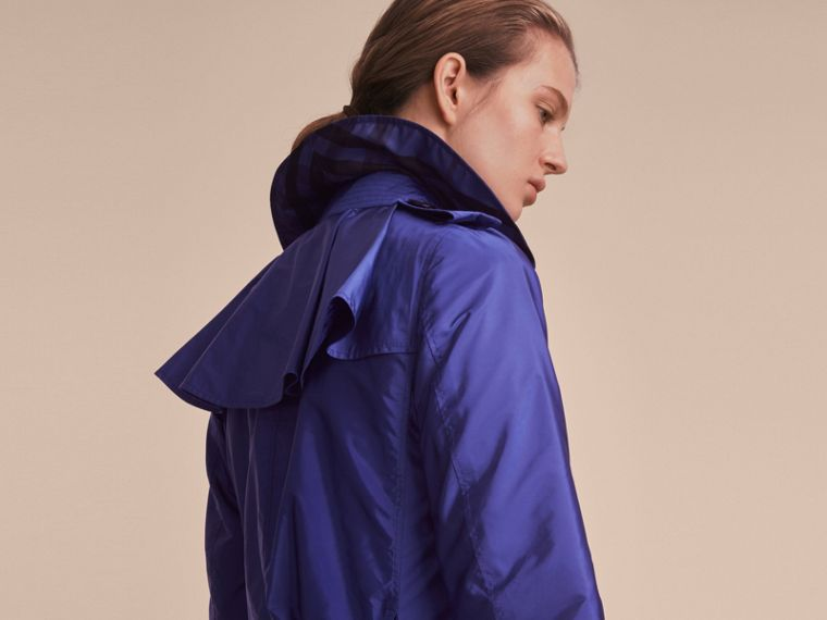 Showerproof Trench Coat in Sapphire Blue - Women | Burberry - cell image 4