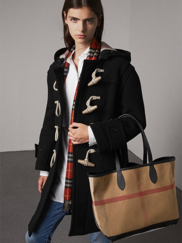 The Medium Reversible Doodle Tote in Black | Burberry - cell image 2