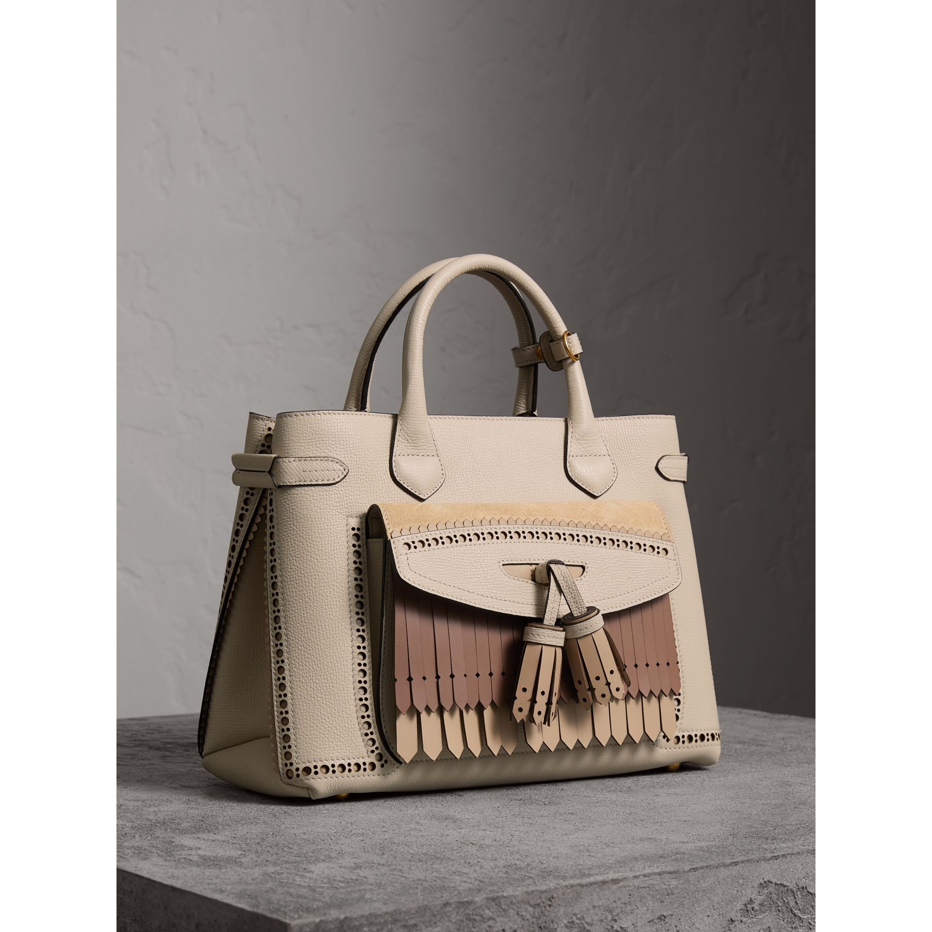 The Medium Banner in Leather with Fringed Pocket in Limestone - Women | Burberry United Kingdom - gallery image 1
