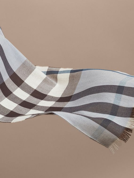 Lightweight Check Wool Cashmere Scarf in Mist Grey | Burberry - cell image 3