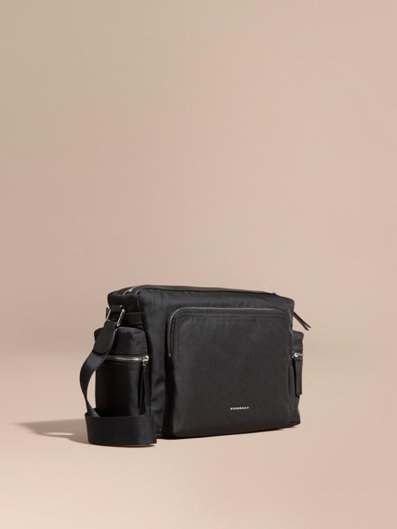 Messenger-Tasche mit Lederbesatz Schwarz