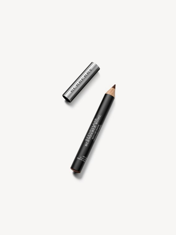 Карандаш Effortless Blendable Kohl с точилкой, оттенок Chestnut Brown № 02 (№ 2)