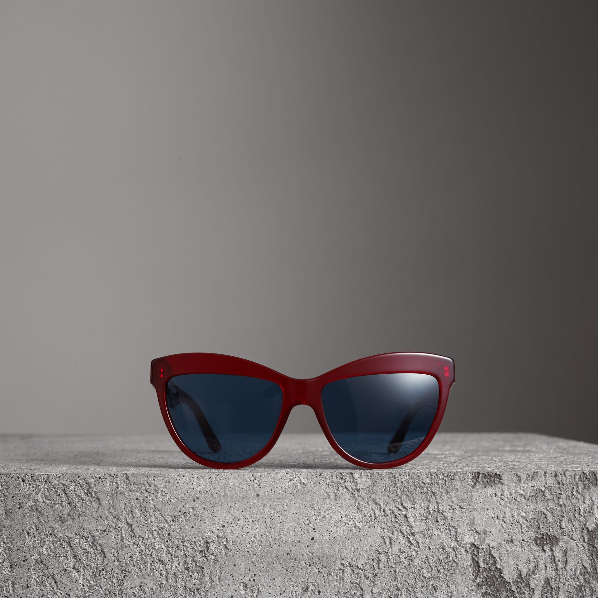 Doodle Cat-eye Frame Sunglasses in Cardinal Red - Women | Burberry Australia - gallery image 3