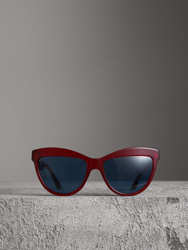 Doodle Cat-eye Frame Sunglasses in Cardinal Red - Women | Burberry Australia - cell image 3