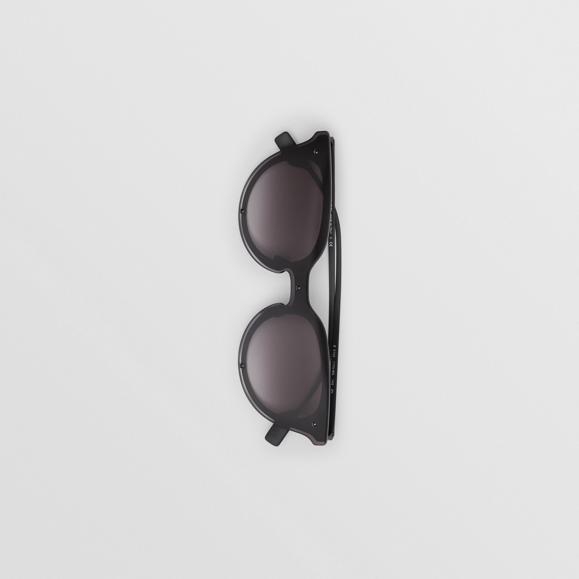 Keyhole Round Frame Shield Sunglasses in Black - Women | Burberry - gallery image 3
