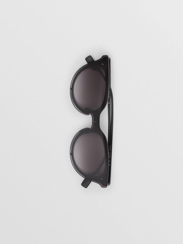 Keyhole Round Frame Shield Sunglasses in Black - Women | Burberry - cell image 3