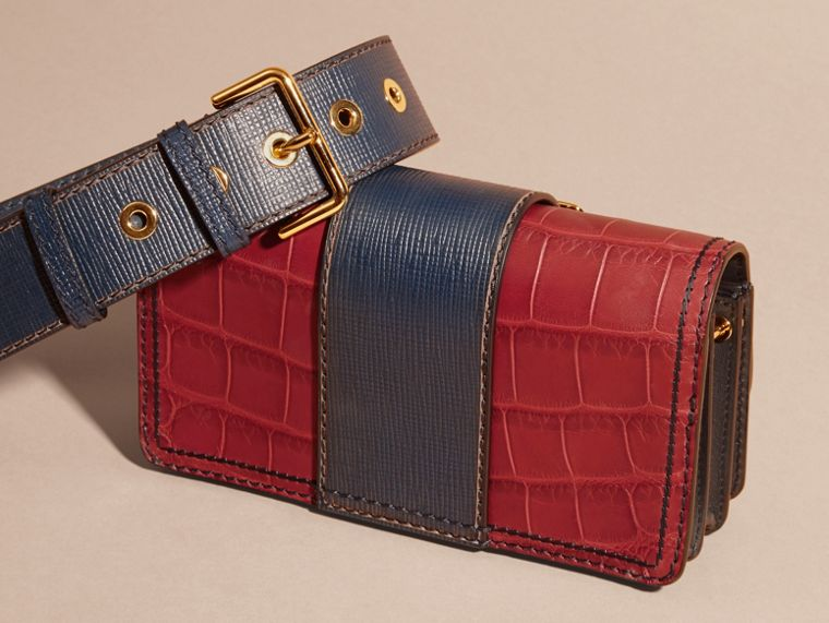 The Small Buckle Bag in Alligator and Leather Garnet Red/sapphire - cell image 4