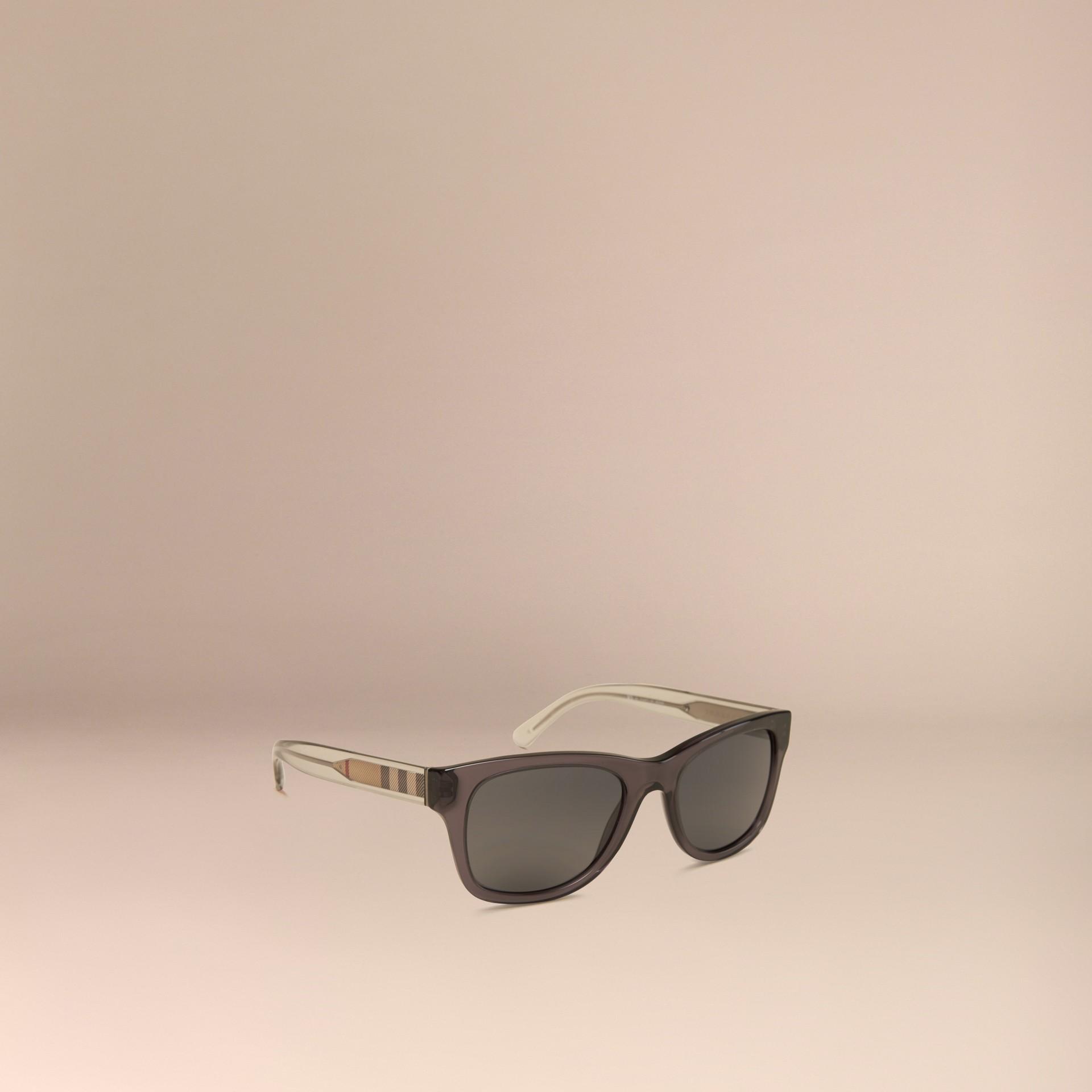 Grigio scuro Occhiali da sole con montatura quadrata e dettaglio check Grigio Scuro - immagine della galleria 1