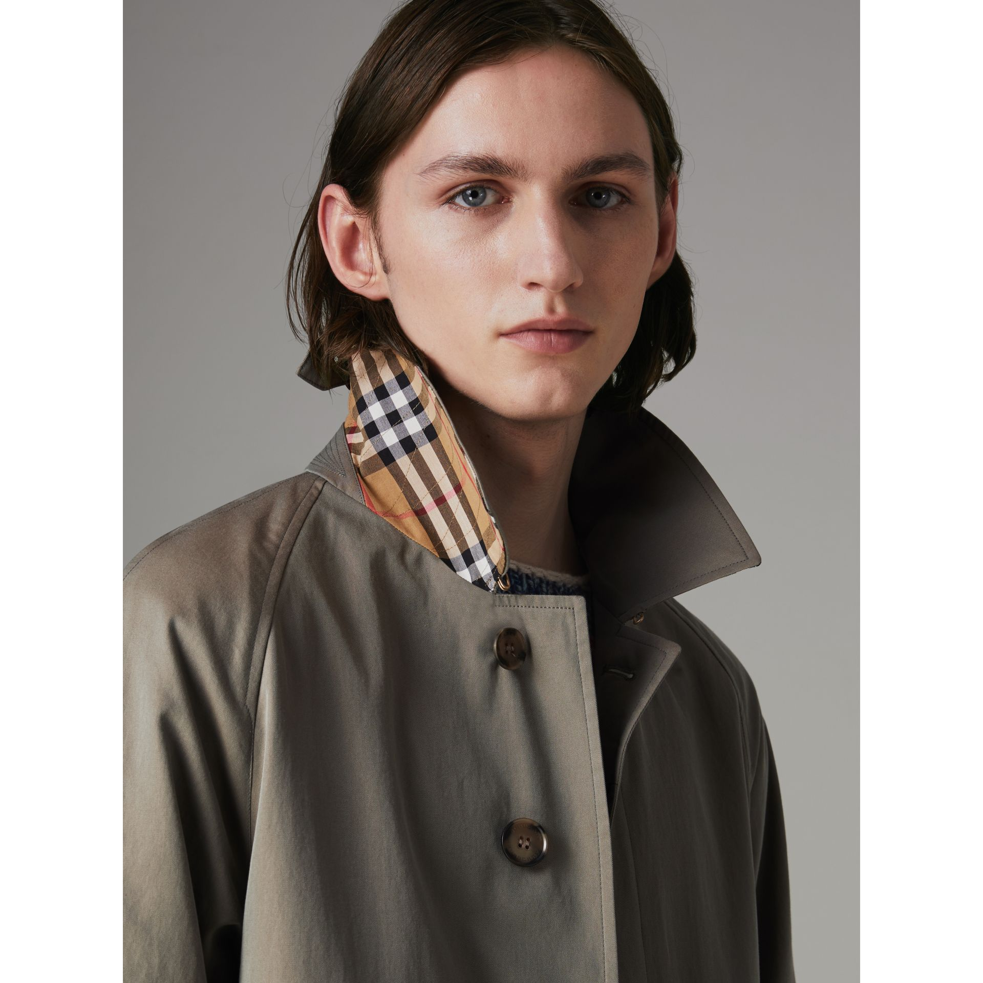 The Camden Car Coat in Chalk Green - Men | Burberry Canada - gallery image 4