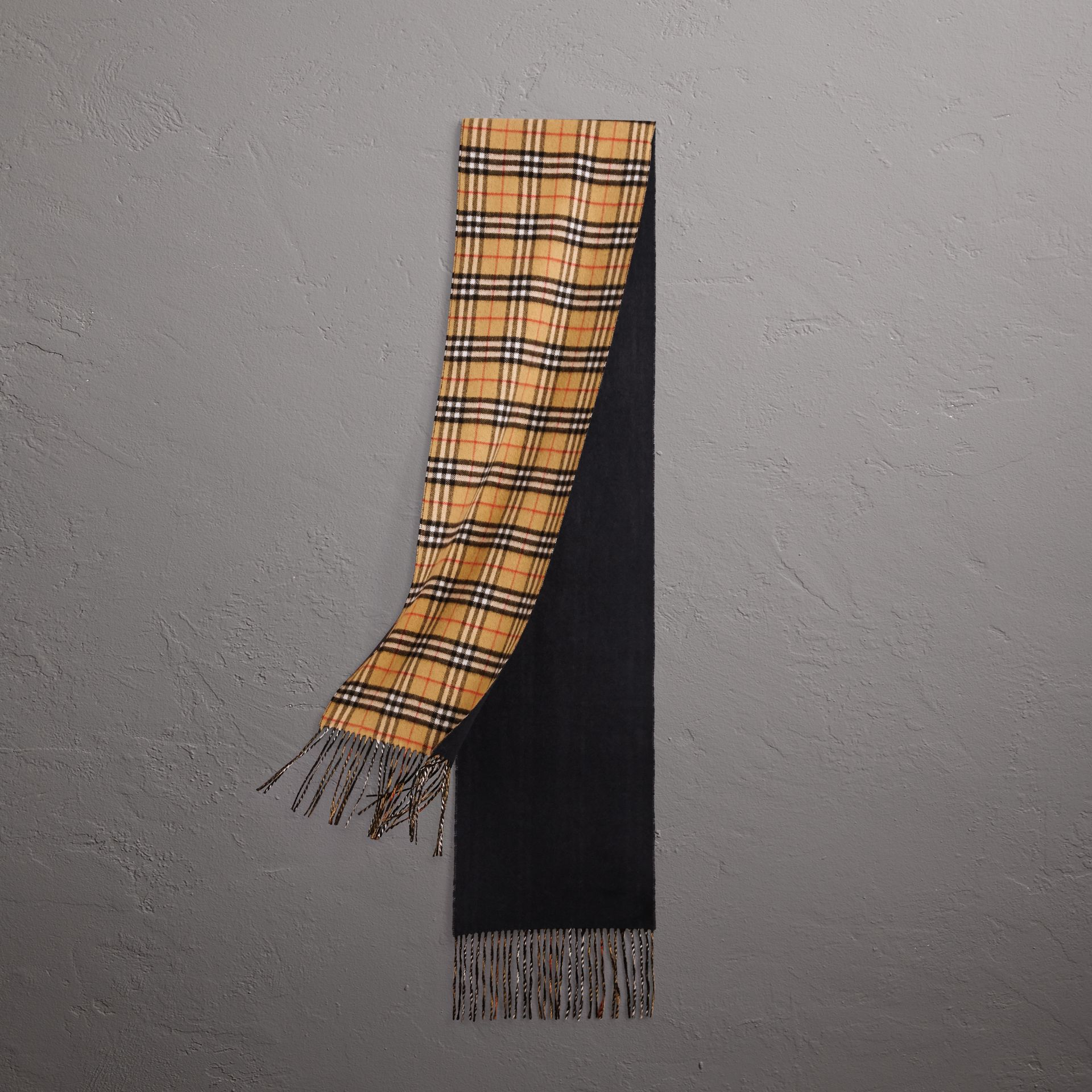 Long Reversible Vintage Check Double-faced Cashmere Scarf in Blue Carbon | Burberry Australia - gallery image 0