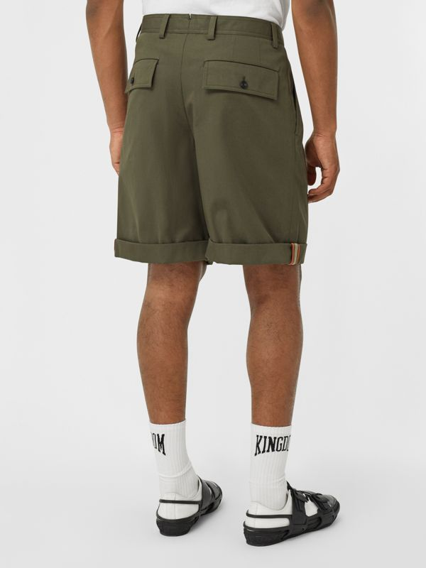 Icon Stripe Detail Cotton Twill Tailored Shorts in Olive - Men | Burberry - cell image 2
