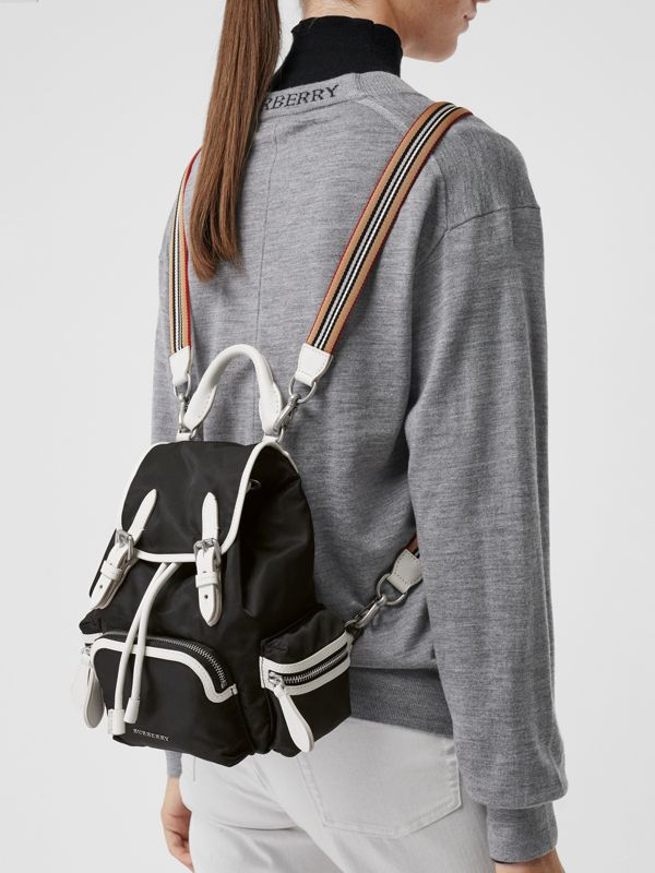 Zaino The Rucksack piccolo in nylon con tracolla (Nero) - Donna | Burberry - cell image 3