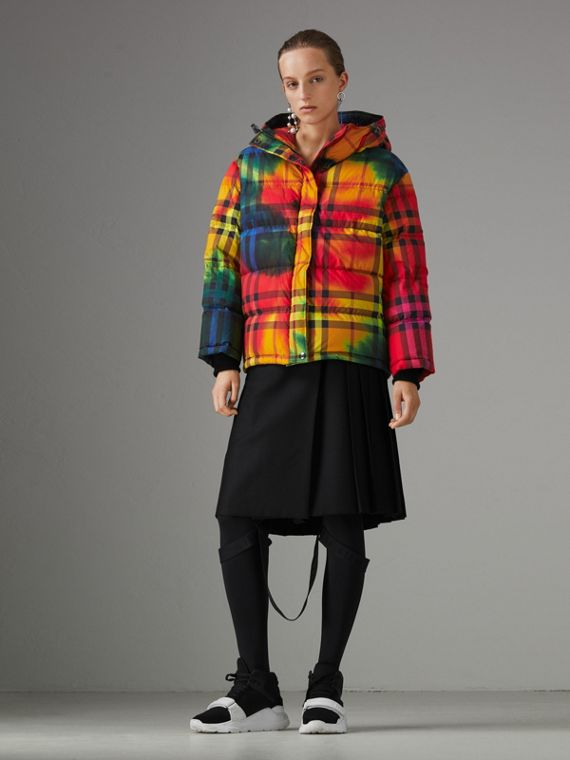 Tie-dye Print Vintage Check Puffer Jacket in Multicolour