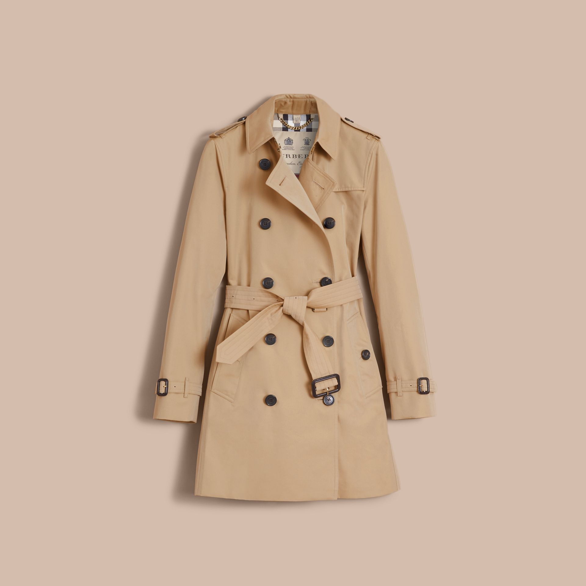 The Kensington – Mid-Length Heritage Trench Coat in Honey - Women | Burberry Singapore - gallery image 4